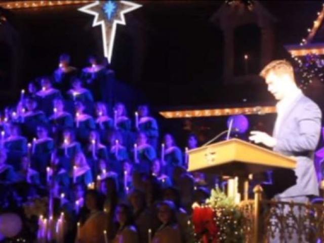 Ator de Thor, Chris Hemsworth, faz leitura bíblica em evento na Disney, assista