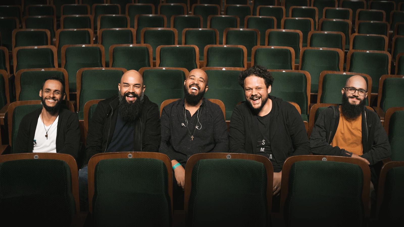 O Palavrantiga está de volta - Com nova formação, a banda lança seu primeiro álbum visual