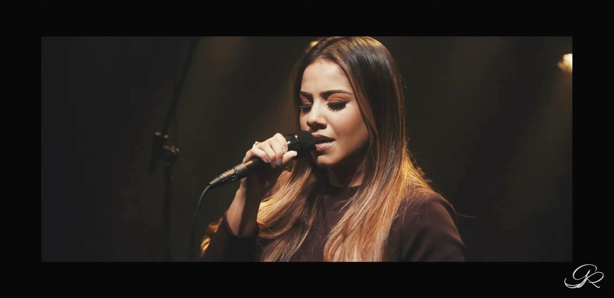 Gabriela Rocha | estrela lança Eu e o Rei