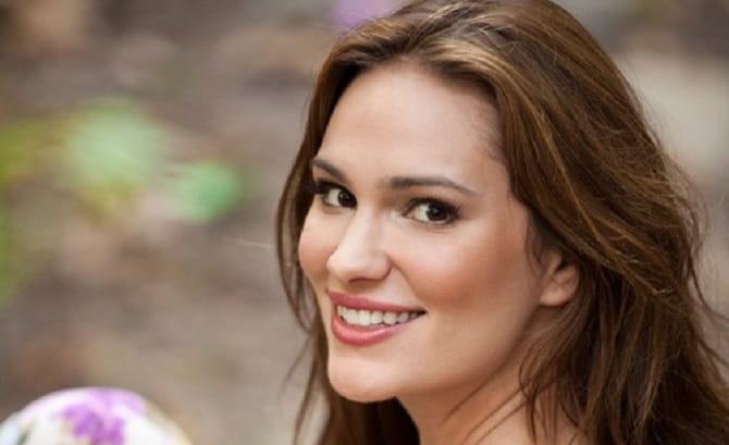 Ex-modelo Nicole Weider se converte e lança projeto para adolescentes