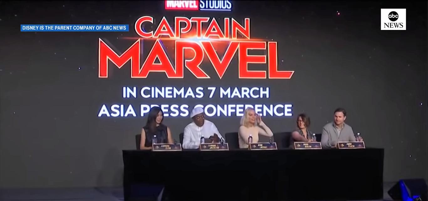 Samuel L. Jackson acha que Stan Lee ainda pode aparecer nos filmes da Marvel a partir da digitalização em 3D