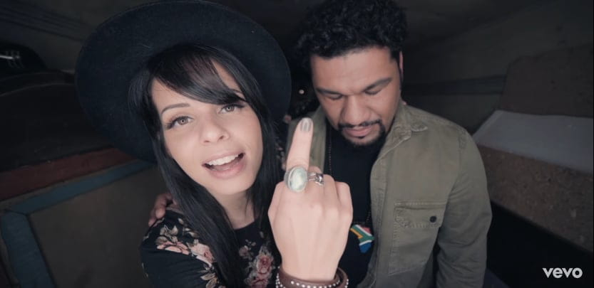 Marcela Taís lança clipe de Sobrevivi