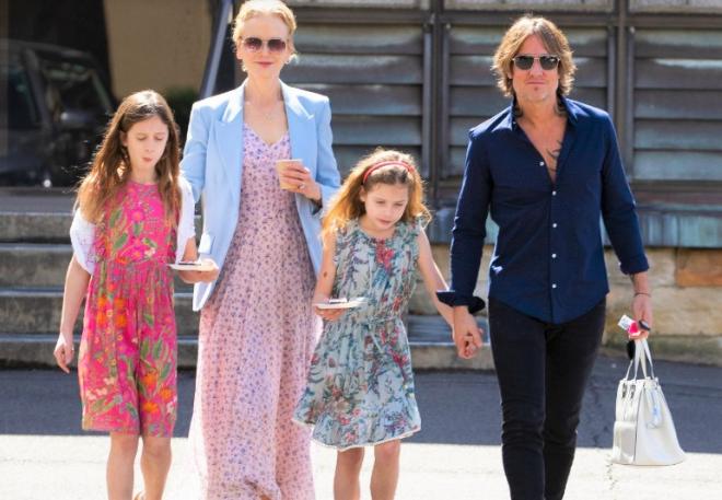Nicole Kidman fala sobre amigos que zombam da sua fé por levar seus filhos à igreja