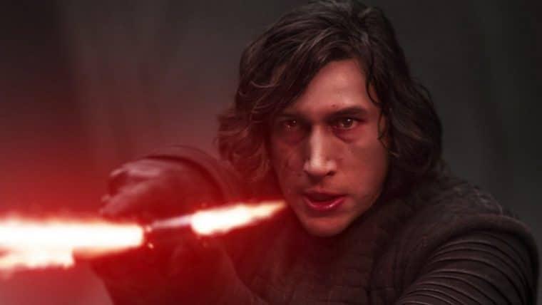 Adam Driver afirma que quase vomitou ao assistir cena de Star Wars: O Despertar da Força