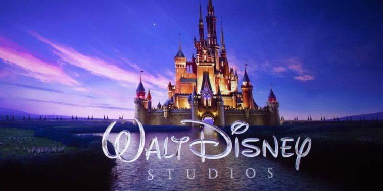 Analista afirma que Disney pode ser comprada pela Apple após queda de ações