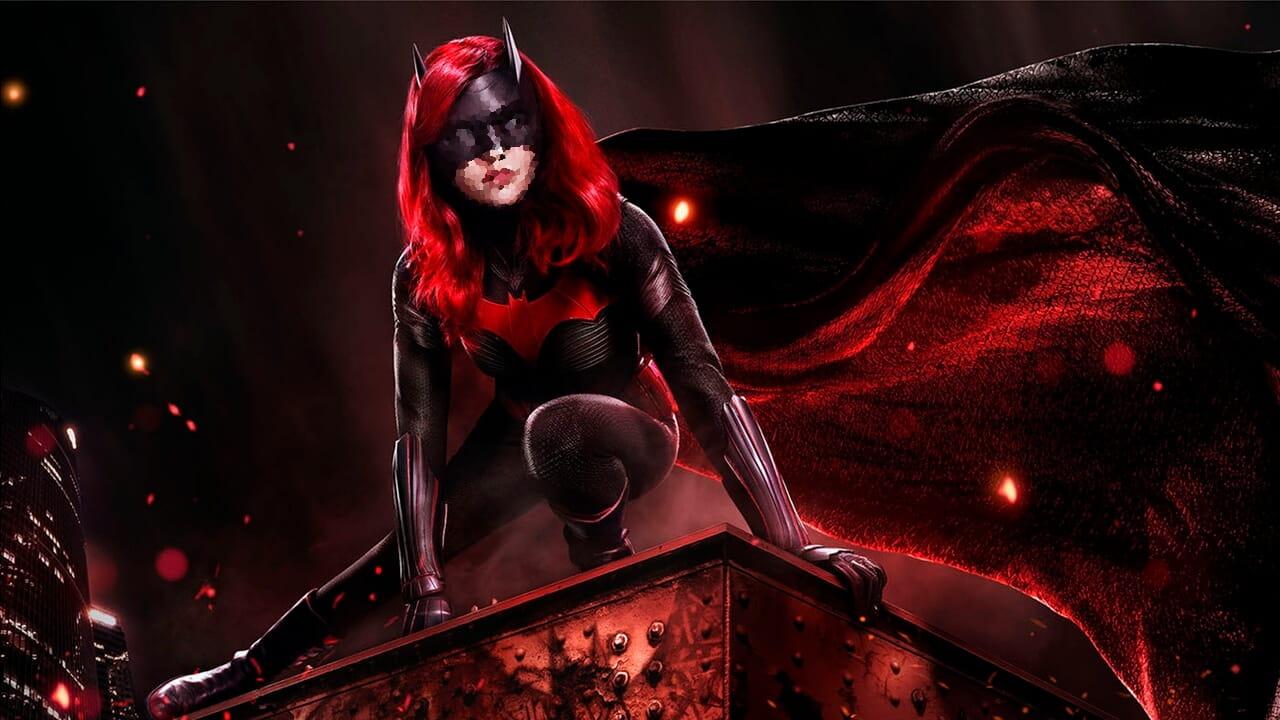 Batwoman | Showrunner explica o porquê da mudança de protagonista na série