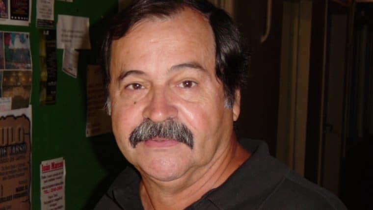 Dublador Júlio Chaves, voz do Arqueiro Verde e do Mel Gibson, morreu aos 76 anos