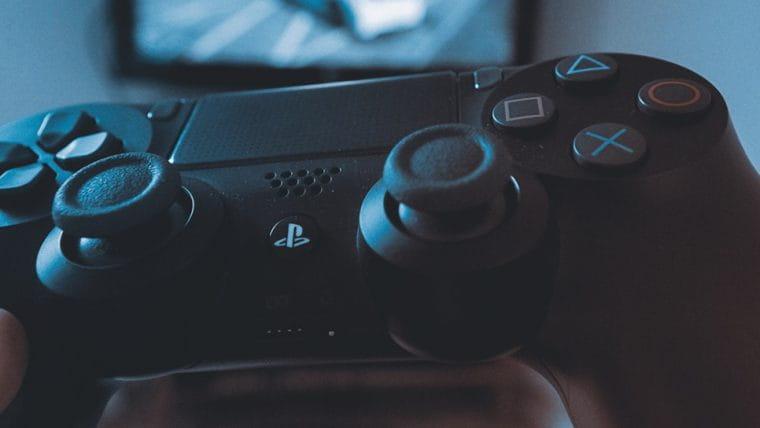 Loja sueca lança pré-venda do PlayStation 5 por quase mil euros