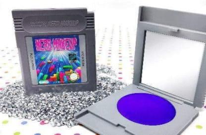 Cartuchos do Game Boy vira estojo de maquiagem