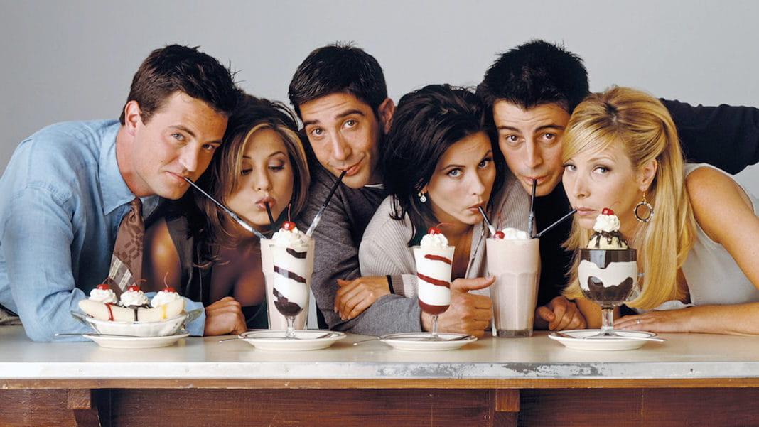 Elenco de Friends reunidos, Ator indica grande novidade em redes sociais