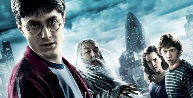 Escola católica proíbe livros do Harry Potter por conterem maldições reais