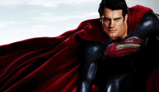 Henry Cavill negocia para voltar a interpretar o Superman