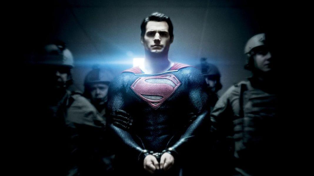 Henry Cavill pode retornar como Superman em novo filme da DC