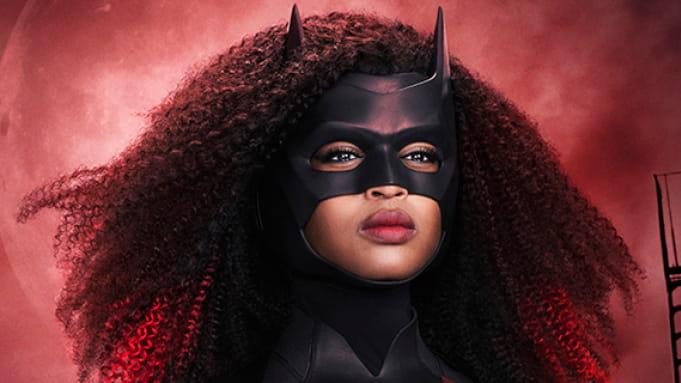 Javicia Leslie aparece como Batwoman em imagem oficial