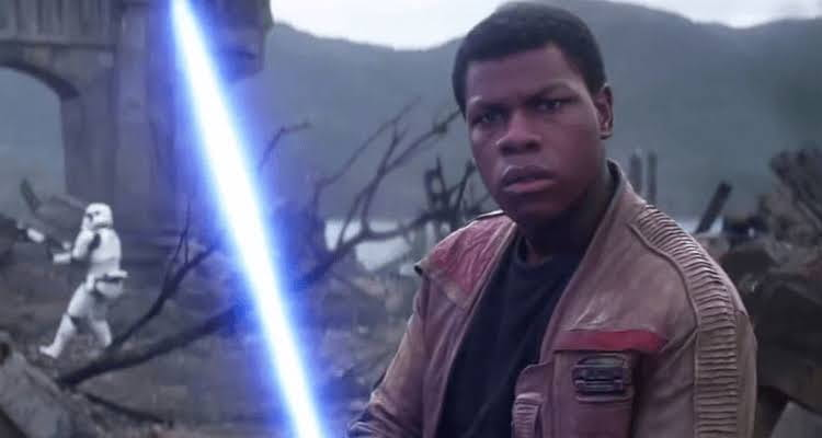 John Boyega afirma que vem ao Brasil para divulgar Star Wars: A Ascenção Skywalker