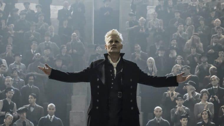 Johnny Depp é demitido de Animais Fantásticos 3 mas receberá salário inteiro pelo filme