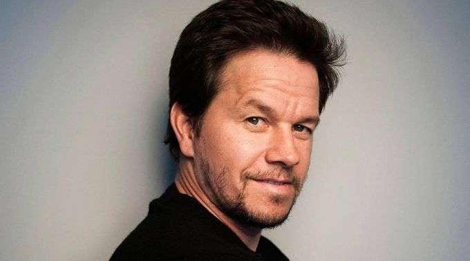 Mark Wahlberg declara seu amor a Deus e se compromete a servi-lo