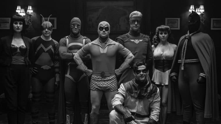 Watchmen | Série recria foto clássica do Minutemen